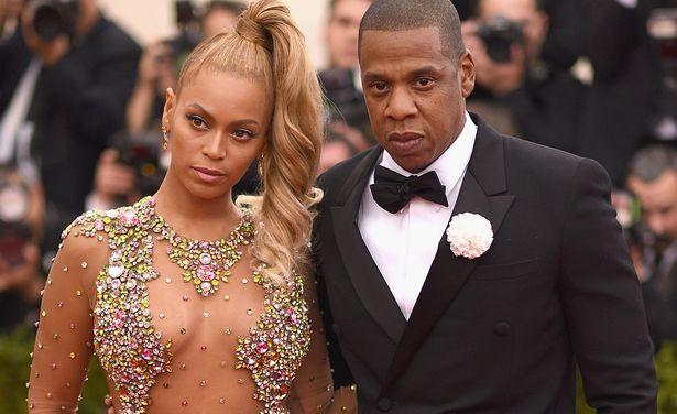 Beyoncé e Jay-Z sono la coppia dello spettacolo che guadagna di più