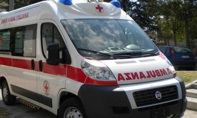 Tre auto coinvolte in incidente tra Caserta e Maddaloni, muore 45 enne