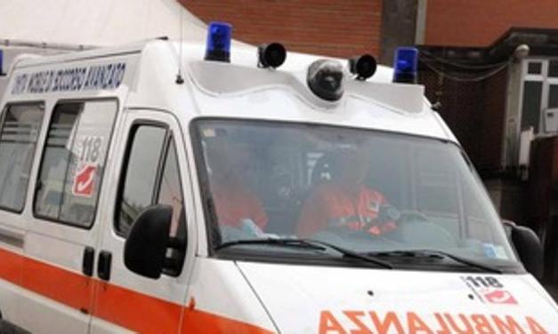 San Pietro Vernotico (Brindisi): auto contro un albero, muore Lorenzo Protopapa