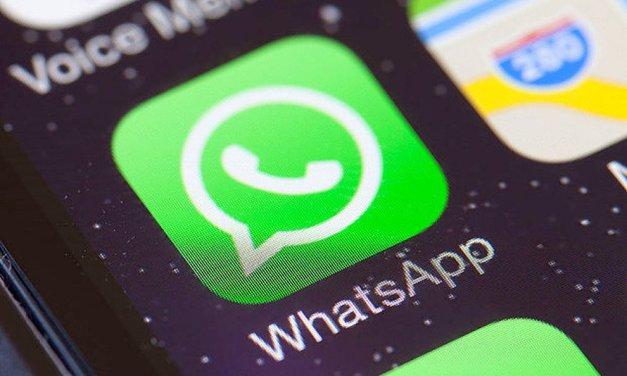 WhatsApp, presto arriveranno le faccine di Facebook