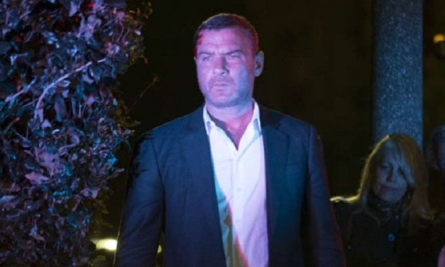 Ray Donovan 5×09: Le prime foto dell'episodio!