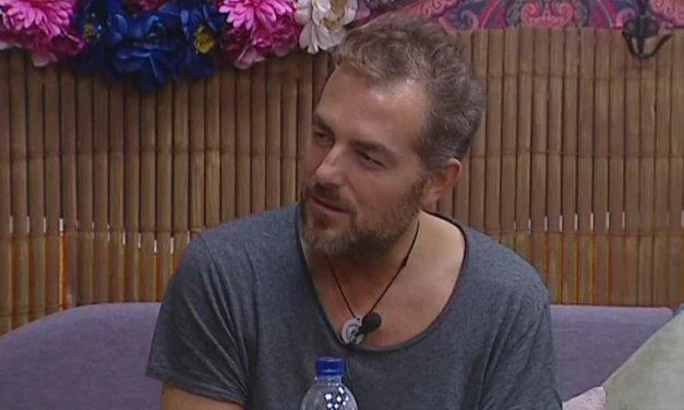 """Gf Vip 2: Daniele Bossari si racconta, """"Ho iniziato a bere, mi facevo schifo"""""""