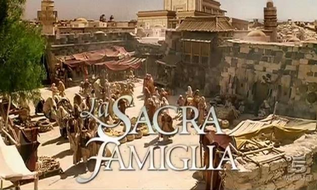 La Sacra Famiglia, cast e trama del film su Canale 5 | 26 dicembre