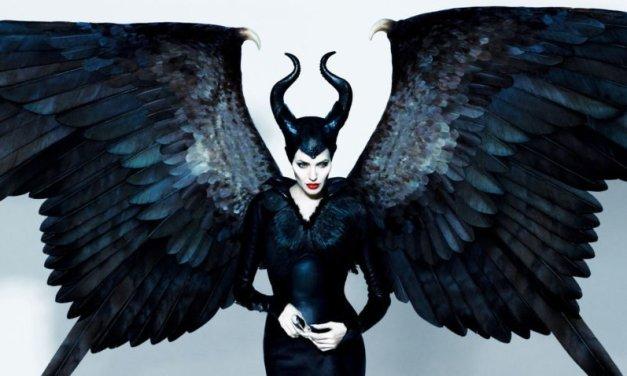 Maleficent, Angelina Jolie nel live action Disney in onda su Rai1 il 29 dicembre: trama e cast