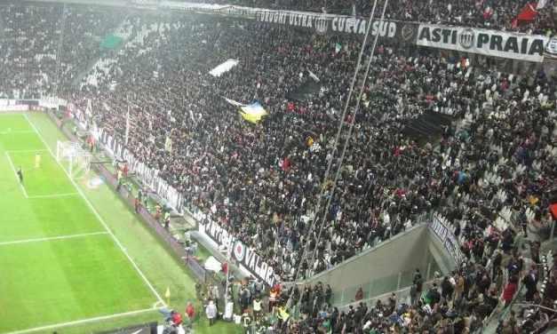 """Juventus, i tifosi dopo la chiusura della curva: """"Non imbavaglierete la passione"""""""