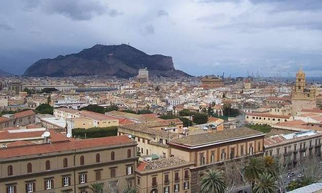 Pedofilia a Palermo, bimba di 9 anni costretta a prostituirsi dai genitori