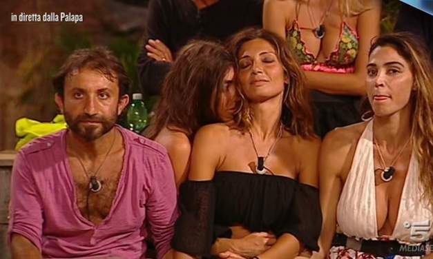 Simone Barbato sconfigge Alessia e Cecilia al televoto | Isola dei Famosi 2018