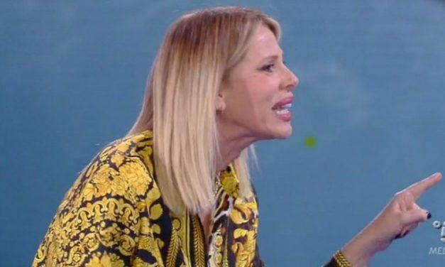 Alessia Marcuzzi Vs Eva Henger, si infuoca la diretta   Isola dei Famosi 2018