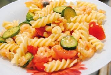 Addio al pranzo completo, l'Italiano non va oltre un piatto di pasta