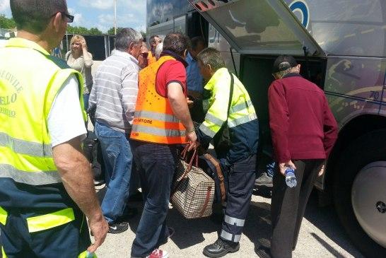 protezione-civile-autobus incendiato4