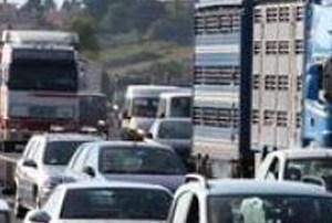 Estate, emergenza traffico pesante sull'Adriatica