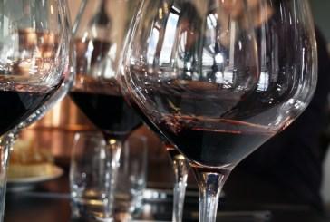 Montesilvano: Degusti e Servi, la poesia del vino e in versi