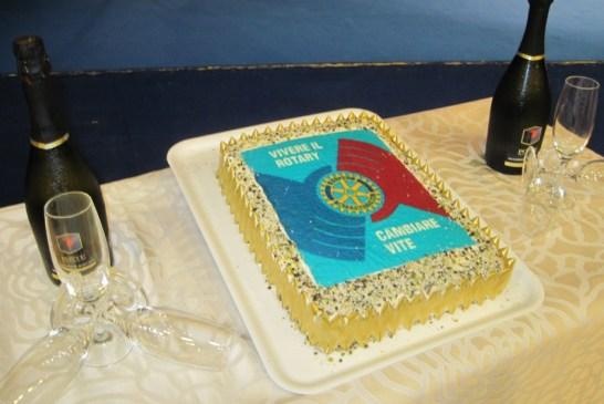 7 - La torta augurale