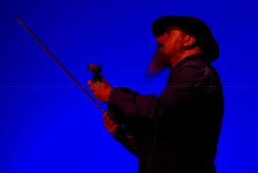 Il Maestro Gazich racconta in musica il fenomeno della migrazione