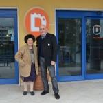 Angela D'Addario, amministratrice dell'Hotel Dakar, e Riccardo Pitaccio, responsabile ricezione