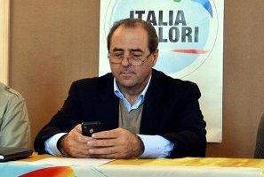 Antonio Di Pietro a Vasto per la campagna elettorale dell'IdV