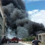 Sulmona (L'Aquila): incendio stabilimento Adria