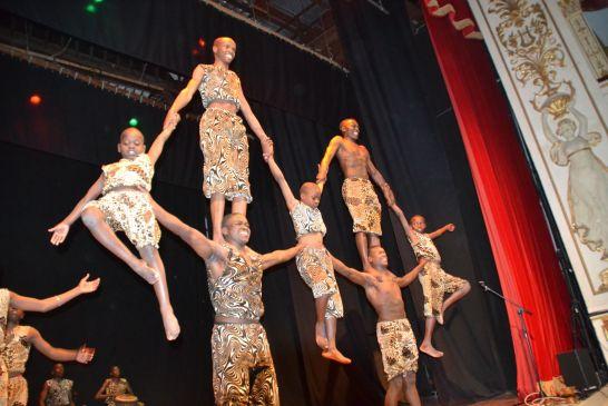acrobati-kenya - 215