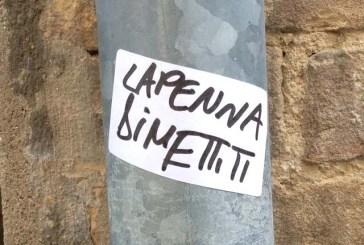 Adesivi dal tono offensivo contro Luciano Lapenna e l'avv. Pennetta