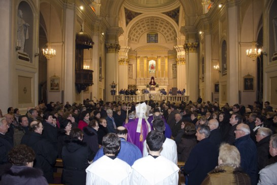 Cardinale Menichelli per la Quintena della Sacra Spina_ 2015_0118