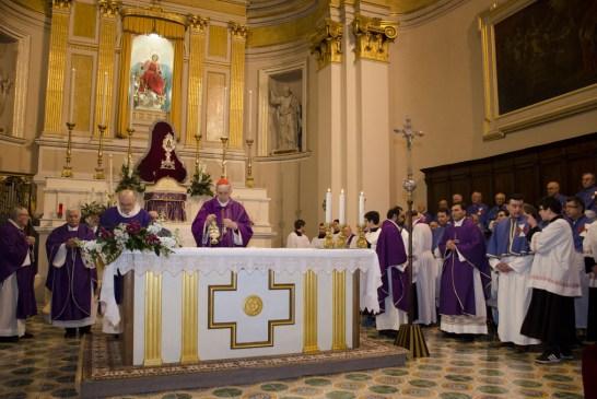 Cardinale Menichelli per la Quintena della Sacra Spina_ 2015_0119