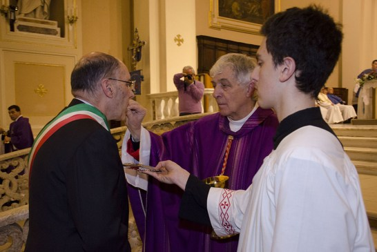 Cardinale Menichelli per la Quintena della Sacra Spina_ 2015_0160