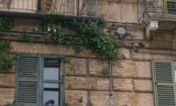 Palazzo Palmieri, un gioiello in decadenza, come il castello Caldoresco