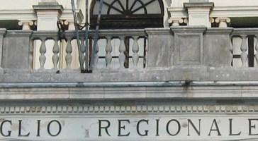La Corte dei Conti chiede a Renzi di valutare lo scioglimento del Consiglio regionale d'Abruzzo