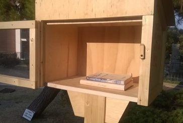 La Little free library alla villa comunale rimasta senza libri…chi li ha presi non li ha riportati