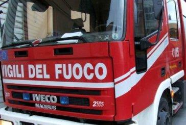 Torino di Sangro, auto distrutta dalle fiamme