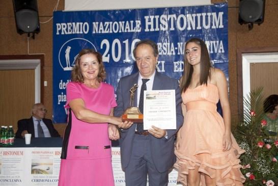 17-trofeo-alla-carriera-ad-onorina-lorenzetti