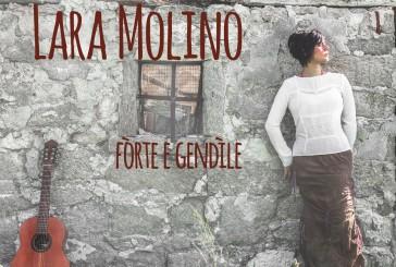 """La cantautrice Lara Molino recensita dalle riviste più prestigiose d'Italia,  """"Musica Jazz"""" e """"Internazionale"""""""