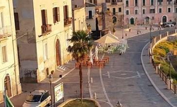 Reperti archeologici danneggiati sotto via Adriatica