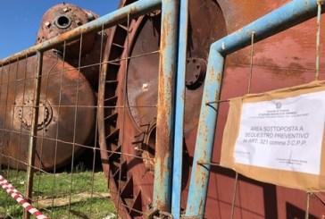 Discarica abusiva di rottami industriali, area sotto sequestro