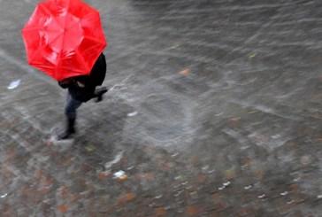 Locali grandinate e forti raffiche di vento, emesso l'avviso di condizioni meteorologiche avverse