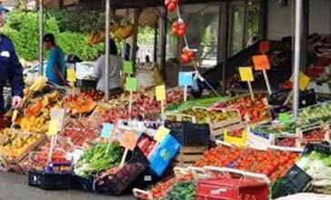 Sequestro di frutta e verdura sulla Statale 16