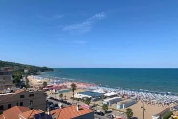 La Bandiera Blu torna a sventolare a Vasto Marina, Menna e Cianci: