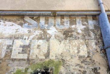 I lasciti dell'esercito inglese sui muri vastesi