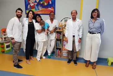 Libri per bambini alla Pediatria dell'ospedale di Lanciano grazie al dono di Metamer