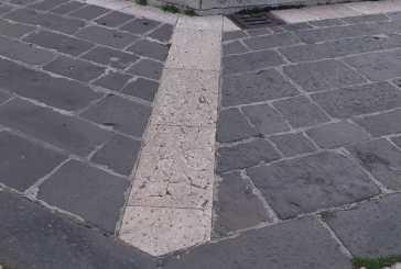 La pavimentazione del centro storico rovinata dalle spazzatrici meccaniche, lettera aperta di Orlando Palmer