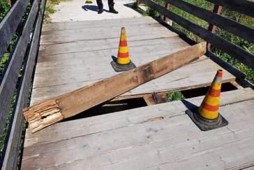 Pista ciclabile, rimossa e sostituita un'asse di legno sul ponticello del Torrente Buonanotte