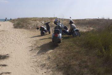 Con le moto sulle dune di Vasto Marina, multati