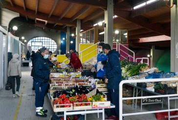 La Protezione civile in servizio al mercato coperto di Casalbordino