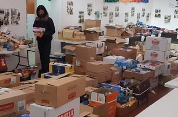 Un Natale di solidarietà, pacchi spesa alle famiglie