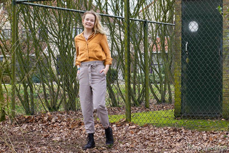 outfit 2 paperbagbroek H&M okergele blouse Primark