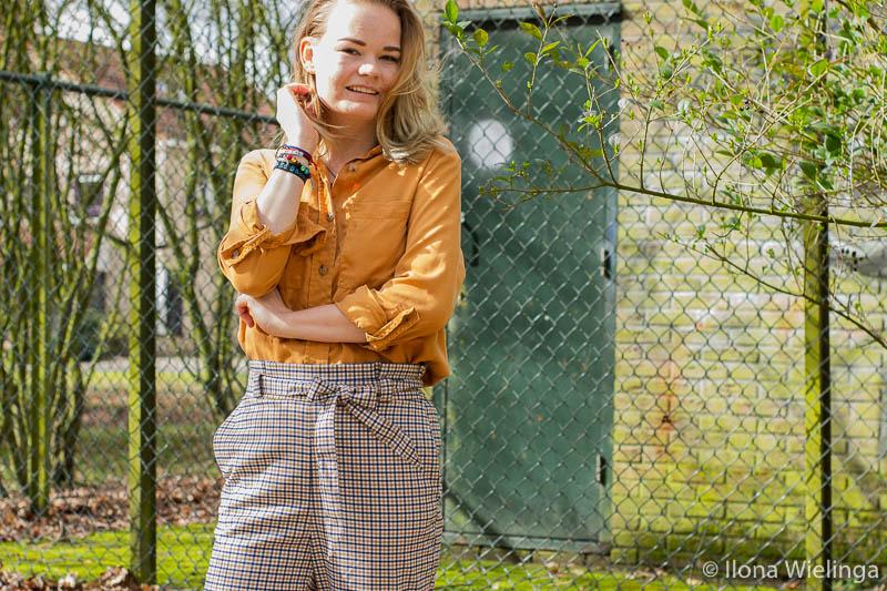 outfit 5 paperbagbroek H&M okergele blouse Primark