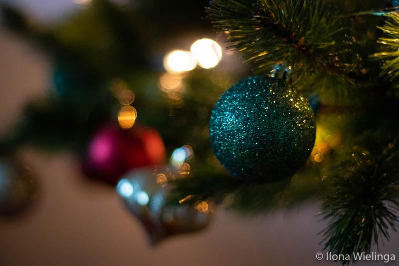 kerstballen hoop gedicht