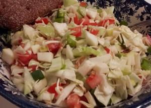 aedviljasalat juustuga