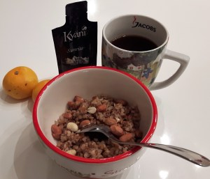Tatrapuder, kohv, mandariinid