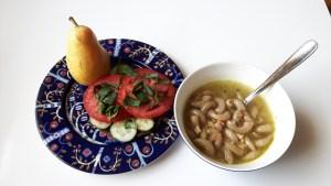Rukkimakaroni-köögiviljasupp võileivaga